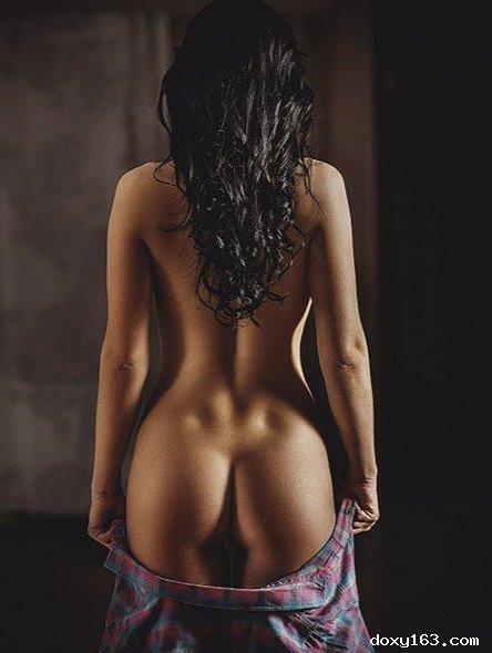 Проститутка     Елена, Тольятти Любой район  работает по вызову,  имеет свои аппартаменты,  за 1500р час. - Фото 1