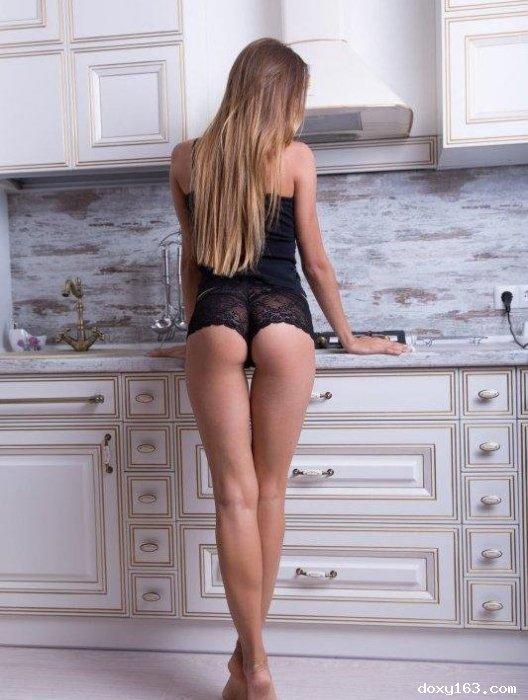 Проститутка     лиза, Тольятти Центральный район тел. 8 (961) 198-8278 работает по вызову,  имеет свои аппартаменты,  за 2500р час. - Фото 1